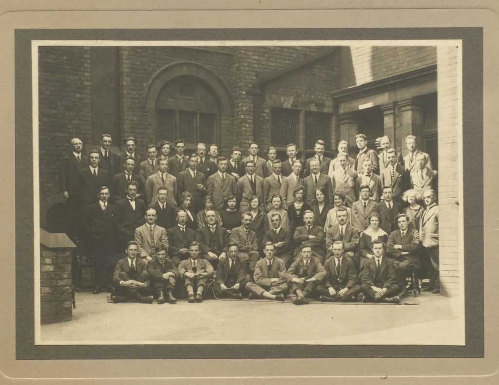 Class photograph showing chemistry students